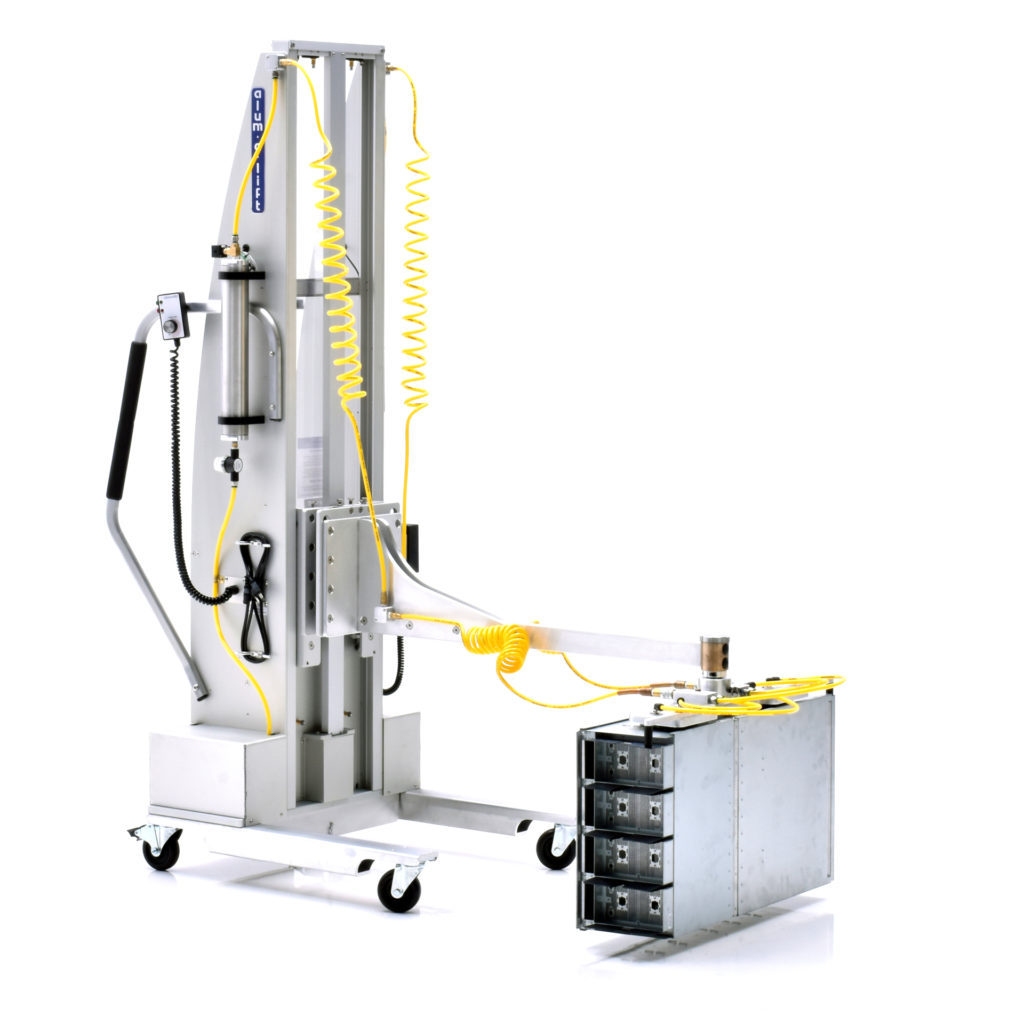 Mobile Vacuum Lift for Server Chassis Boxing